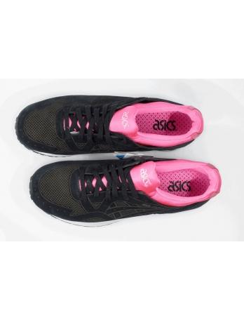Женские кроссовки Asics