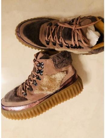 Женские ботинки Voile Blanche
