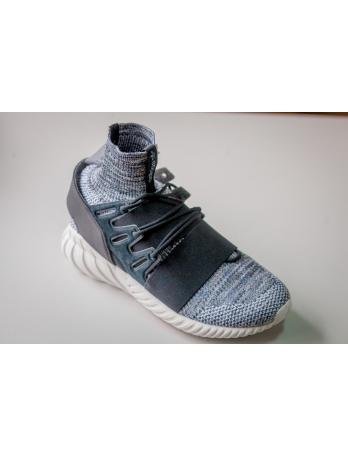 Мужские оригинальные кроссовки Adidas Tubular Winter